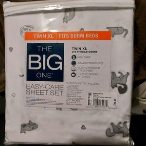 Twin xl cat sheets (new)